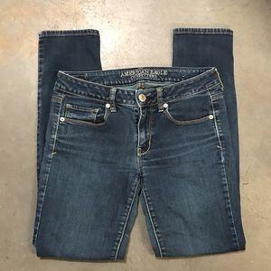 American Eagle Dark Wash Skinny Jeans Size 6